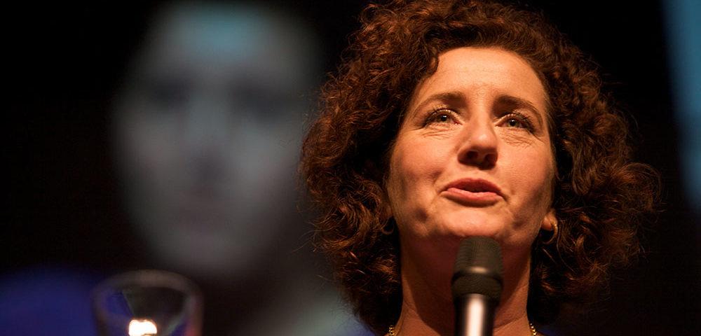 """Le Figaro: schrappen geslachtsvermelding NL'se ID-kaarten is """"politieke onverschilligheid"""""""